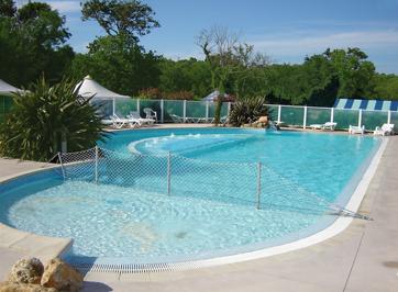 Camping 3 toiles piscine hydromassage morbihan en bretagne for Camping avec piscine morbihan